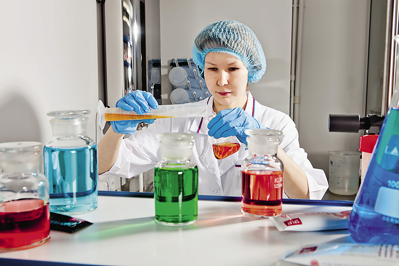 В 2011 году производство SPLAT получило сертификаты соответствия высшим международным стандартам качества: ISO 9001 и GMP Cosmetics. Подобный опыт добровольной сертификации на соответствие строгим фармацевтическим стандартам уникален для российского производителя.
